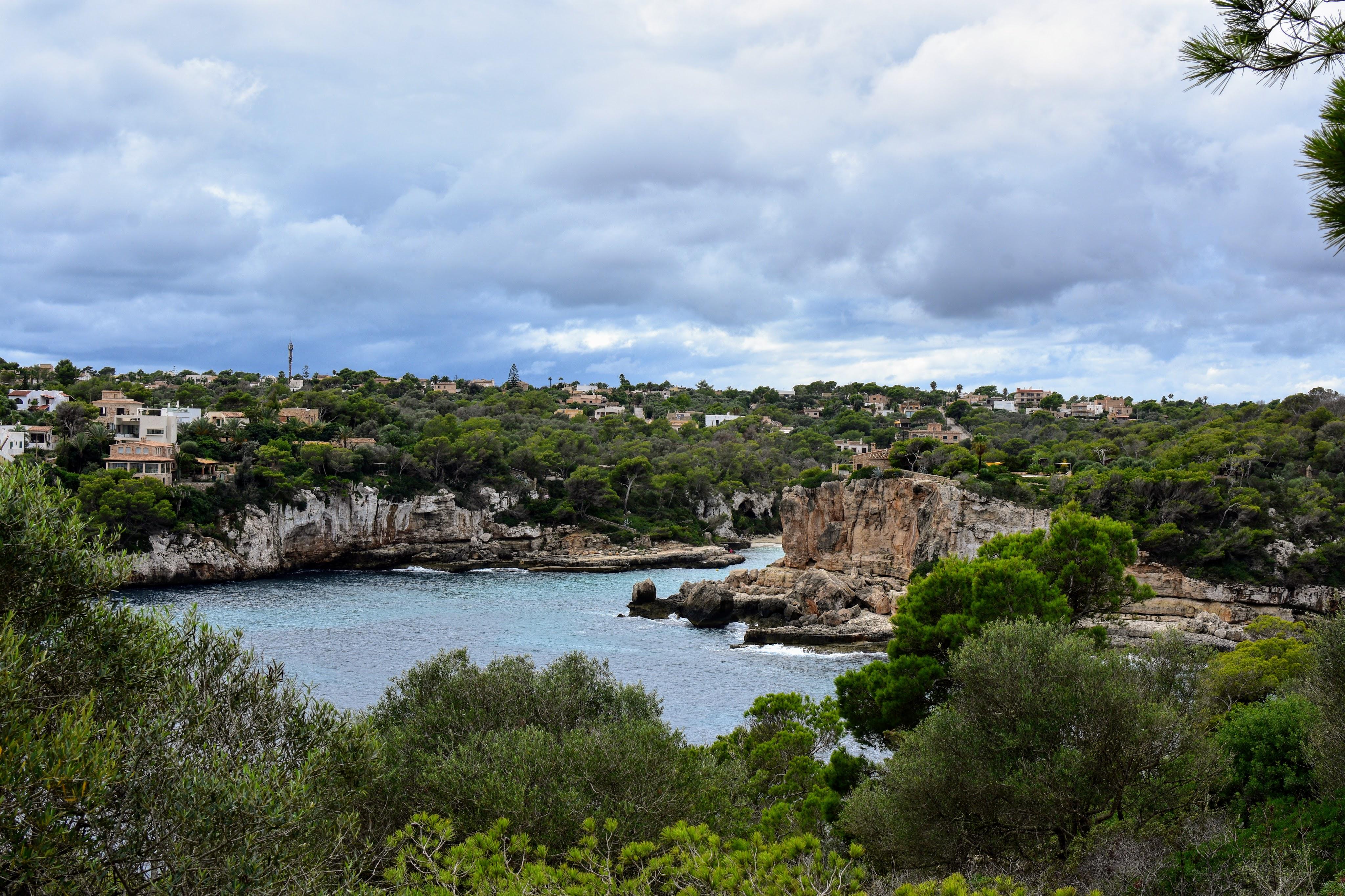 overlooking ocean from the rock cliffs